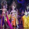 美女と野獣が棲む体。タイのニューハーフ(レディーボーイ)。